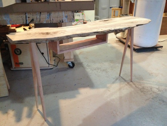 spalted_maple_hall_table10